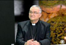 Photo of Mons. Gómez Cantero invitado en INTERALMERIA TV